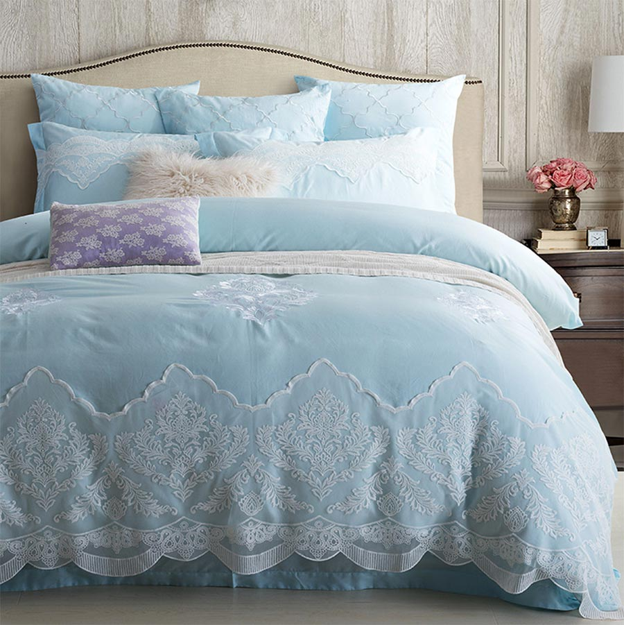 Blue bedroom sets for girls - Elegant Blue Embroidered Lace Bedding Set Girl Full Queen King Cotton European Home Textile Flat Sheet Pillow Case Quilt Cover