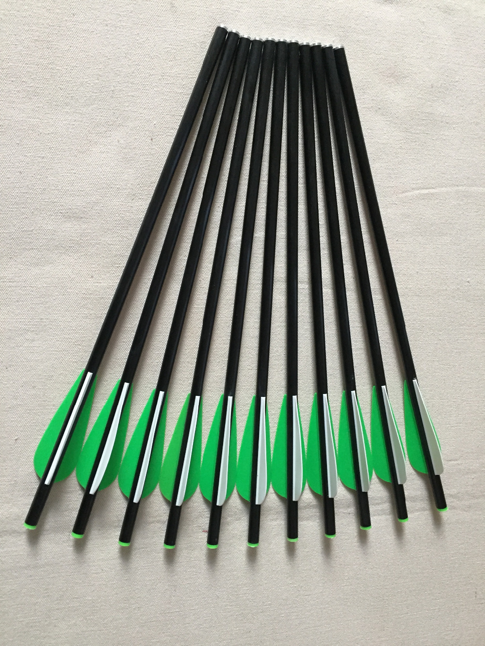 12pcs 13 Fiberglass Arrow Crossbow Arrow Bolts with 3 Plastic Vane Replaceable arrow tip for Outdoor