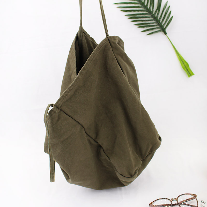 Estelle Wang Korean Large Capacity Leisure Canvas Bag Fashion Simple Single  Shoulder Bag Girls Simple Wash Cloth Shopping Bags-in Shoulder Bags from  Luggage ... 0a0480a31d1a