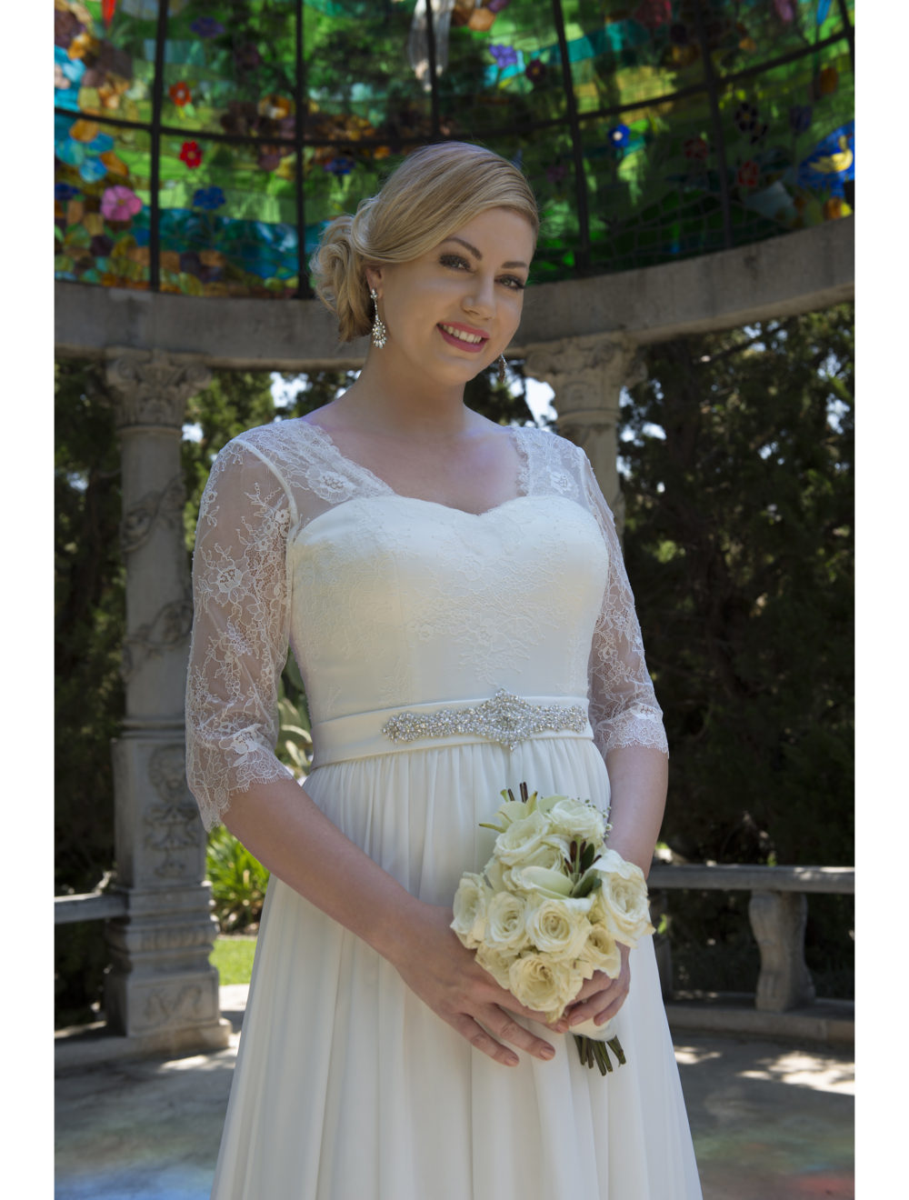 Informal Lace Chiffon Modest Plus Size Wedding Dresses With 3 4 Sleeves  2017 Big Size Reception Bridal Gowns Country Western-in Wedding Dresses from  ... b5b57f1e9505