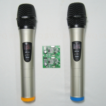 Wireless UHF Microphone 1