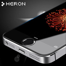 ФОТО 2 pcs/lot 0.3mm one front one back tempered glass for iphone 5 5s 2.5d arc edge screen protector with clean tools