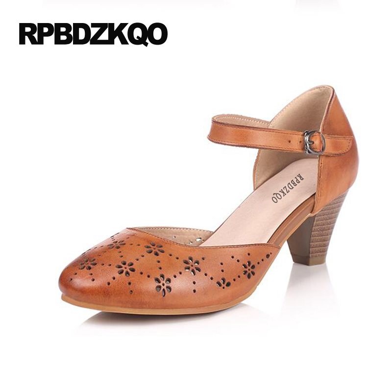Retro Classic Pumps 4 34 Small Size Brogue 5cm 2 Inch Chunky Shoes Ankle Strap Low Heels Brown Women 2017 Round Toe Retro 6cm 2 inch pointed toe 2017 thick ankle strap 4 34 small size china women pumps high heels shoes sandals brown retro clasp