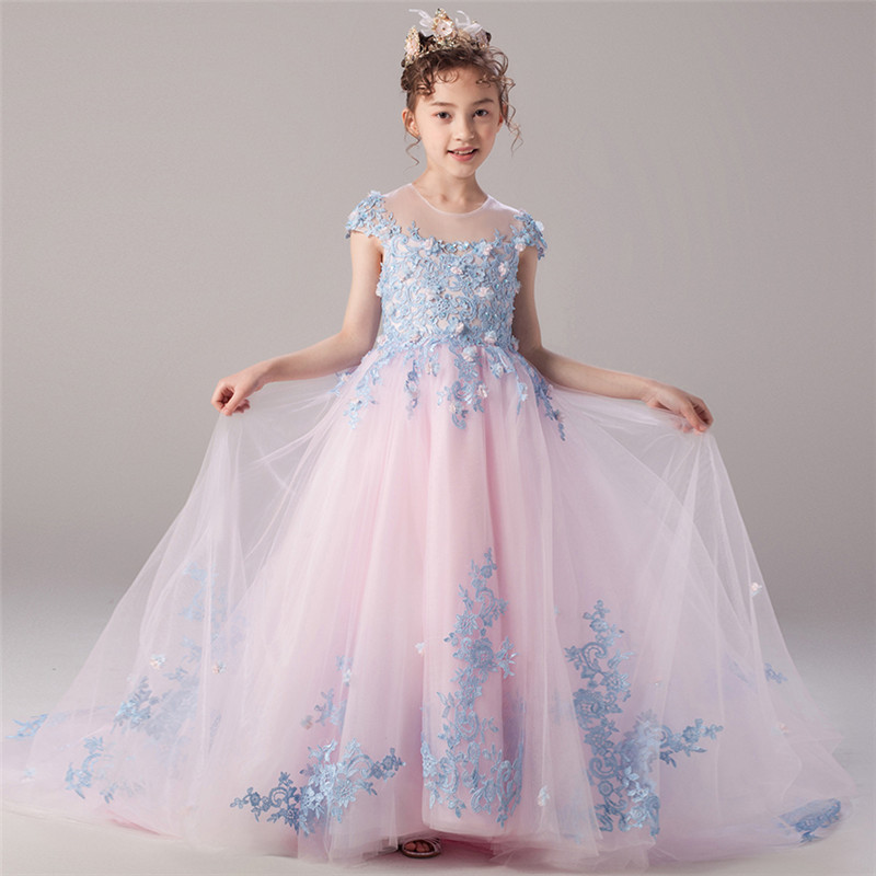 где купить Children Kids Luxury Birthday Holiday Evening Party Long Tail Dress Teens Girls Model Show Host Costume Princess Lace Dress дешево