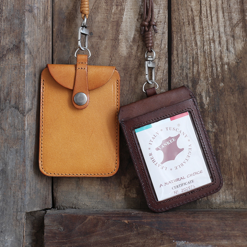Alisara Genuine Leather Badge Holder Top Cowhide Business Case Vertical ID  Badge Case Retractable Student Bus Card Case Lanyard