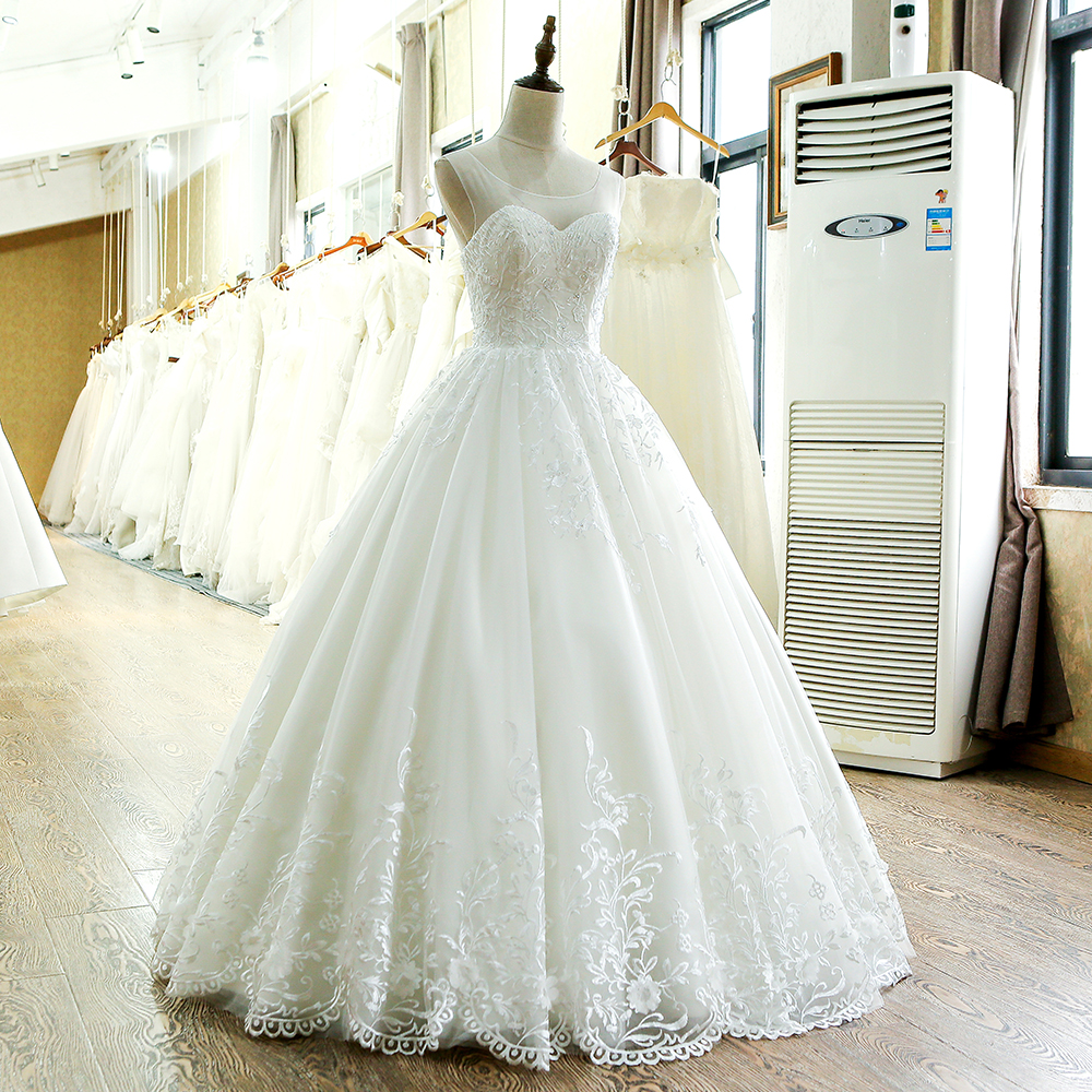 SL 220 High Quality A Line 2017 Vintage Wedding Dress China-in Wedding Dresses from Weddings & Events    3