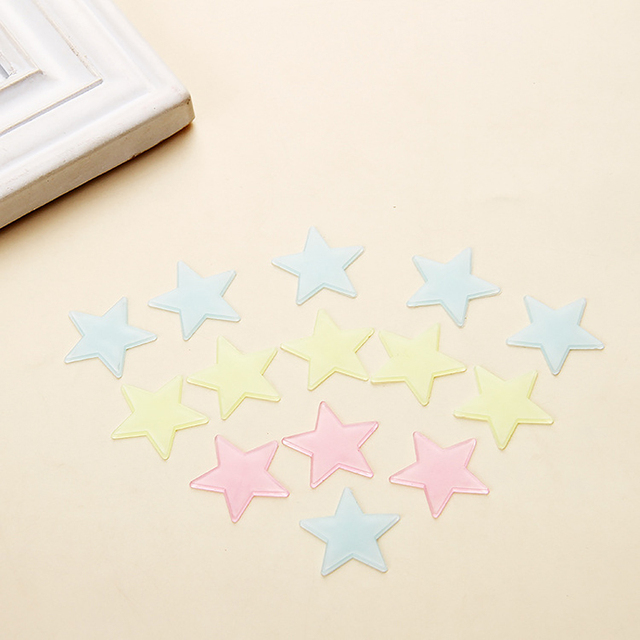 100pcs Luminous Wall Stickers Glow In The Dark Stars Sticker Decals for Kids Baby rooms Colorful Fluorescent Stickers Home decor 5