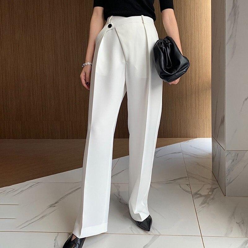 Image 3 - CHICEVER Летние Элегантные однотонные женские брюки с высокой  талией и неровными пуговицами с карманами, плиссированные тонкие прямые  женские брюки 2020Штаны и капри