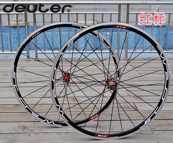 2016 Road bicycle wheelset CNC rim cycling Bike wheel four bearings with hub compatible 11 speed racing clincher 4 colors