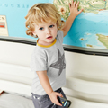 Marcas al por menor Ropa de Bebé niño Fijó Encantadora Estrella camiseta de Los Niños ropa del muchacho de los niños + Pantalones de Alta calidad