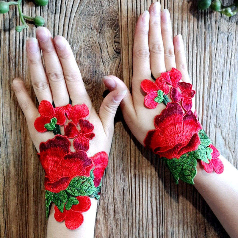 2019 Ethnic Wind Embroidery Flower Fingerless Gloves Fashion Joker Bracer Bracelet Dance Jewelry For Women 01
