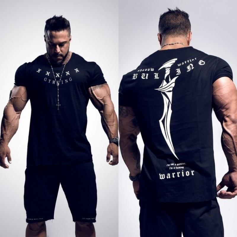 2018 nuevos gimnasios hombres BUKING verano Bodybuilding y Fitness Mens Irregular dobladillo manga corta Camiseta