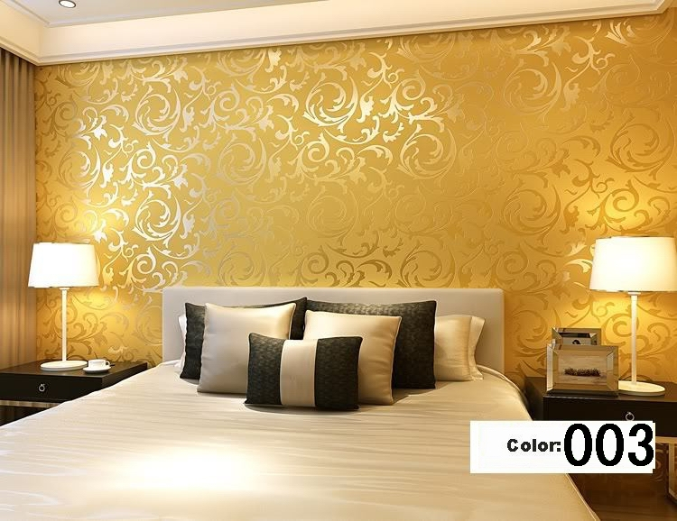 Gold wallpaper for living room living room for Grey silver wallpaper living room