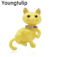 eb0fc2bc39 Joven Tulip esmalte gato broches para las mujeres amarillo pines casuales de  moda de joyería de niños suéter vestidos accesorios.
