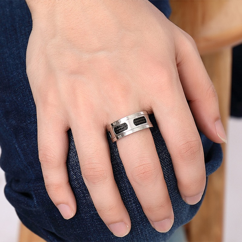 Stainless Steel Wedding Band Ring Brushed Black Rubber IP-Plated 10 mm Black IP-plated Rubber Inlay Ring