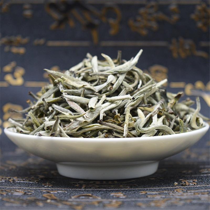 High Quality Organic Bai Hao Yin Zhen White Tea Bai Hao Silver Needle White Tea Food Chinese Silver Needle Tea Green Food