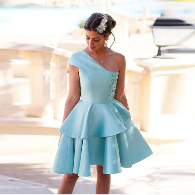 Modest Sky Blue Cocktail Dresses Tiered Lace Ladies Formal Dress To Party Short Cocktail Dress Tiered