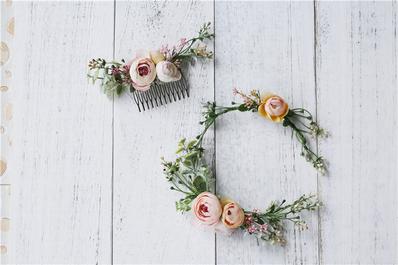 Купить с кэшбэком Vintage Wedding Headband Flower Wedding Hair Comb Bohemia Wedding Jewelry Handmade Hair Pieces for Women  Flower Headwear HD26