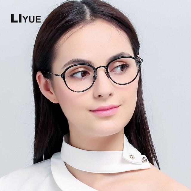 Glasses girls pics 6