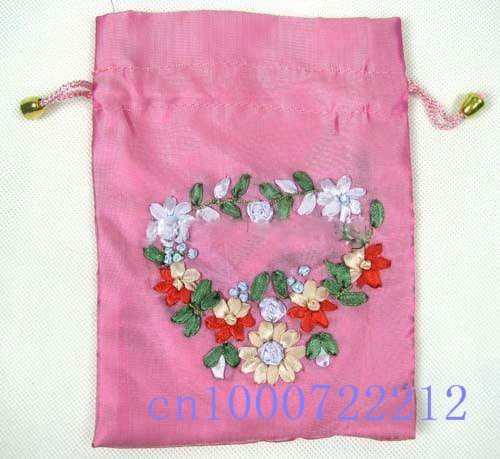 New lots 30pcs chiffon Silk Brocade Pouches bags hand embroidery bag With flower heart Organza Receive bag