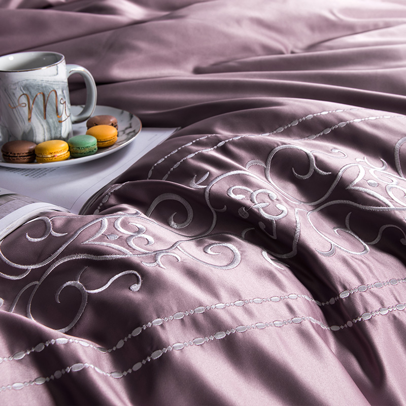 (9)  White silver cotton imitate silk luxurious Bedding Set queen king measurement mattress set Bedsheets linen Europe embroidery Quilt cowl set HTB1c