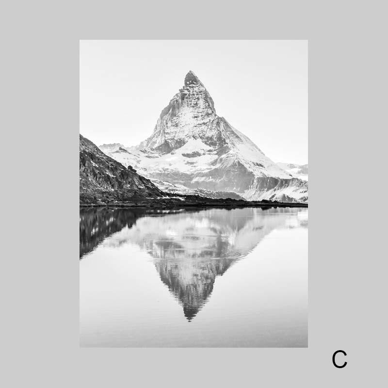 Постеры с горами черно белые