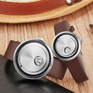 Image 4 - Basit sevgili saati Minimalist Pikap Erkek Kadın Izle Deri Kayış Pürüzsüz Kuvars Saatı Erkek Bayanlar Saat Hediyeler relogio