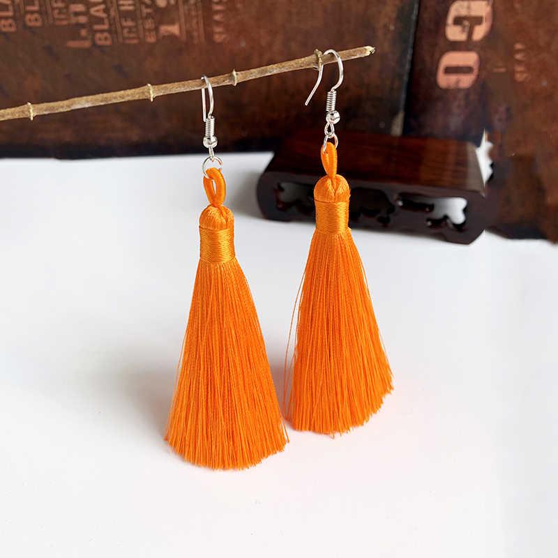 Ręcznie robiony pompon kolczyki 2019 modny czeski pomarańczowy 25 kolorów długie Dangles kolczyki Vintage z chwostem dla kobiet biżuteria