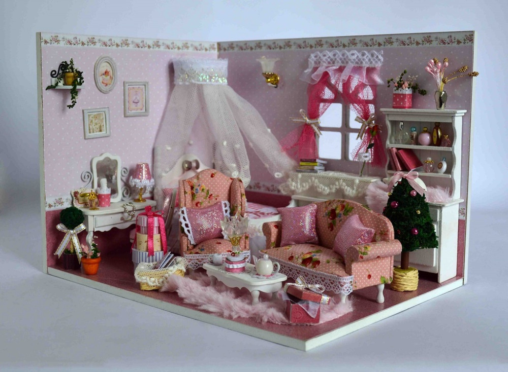DIY Wooden Dolls House Miniatures Dollhouse 3D Handmade Sunshine Room  English Instructionu0026Furniture Xu0027mas Gift