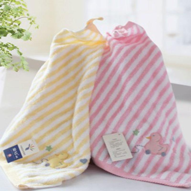 Children's Towel 100% Cotton Hangable Comfortable Soft Babys Towels 3 Colors Duck Type Small Square Towel Kids Bathroom Products