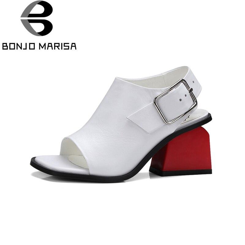 BONJOMARISA Brand Design Cuir Véritable Étrange Style Solide Boucle Sangle Supérieure chaussures de qualité Femme décontracté sandales d'été Blanc