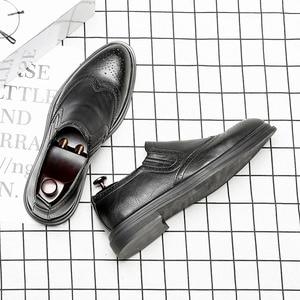 Image 4 - 2020 chaussures habillées pour hommes faites à la main Style richelieu Paty cuir chaussures de mariage en cuir chaussures formelles Oxfords