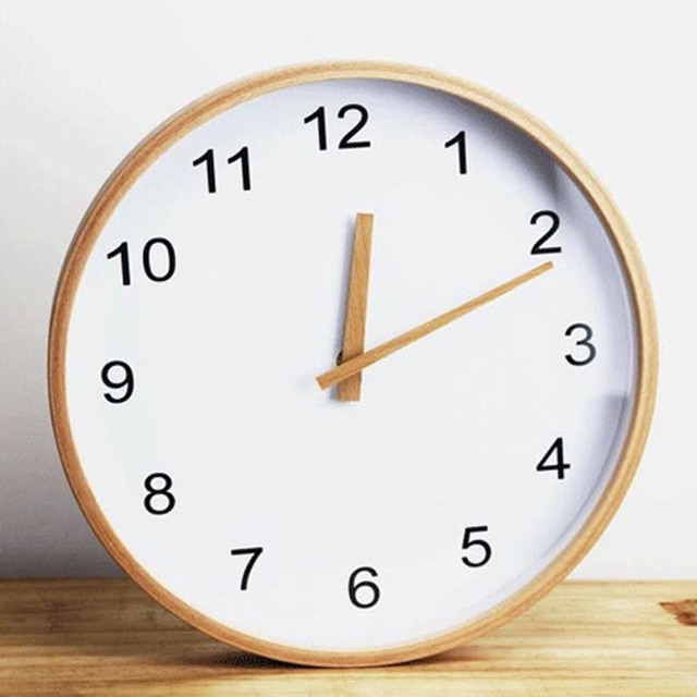 12 inch Round Beech Wood Wall Clock Living Room Furniture Decore Clock