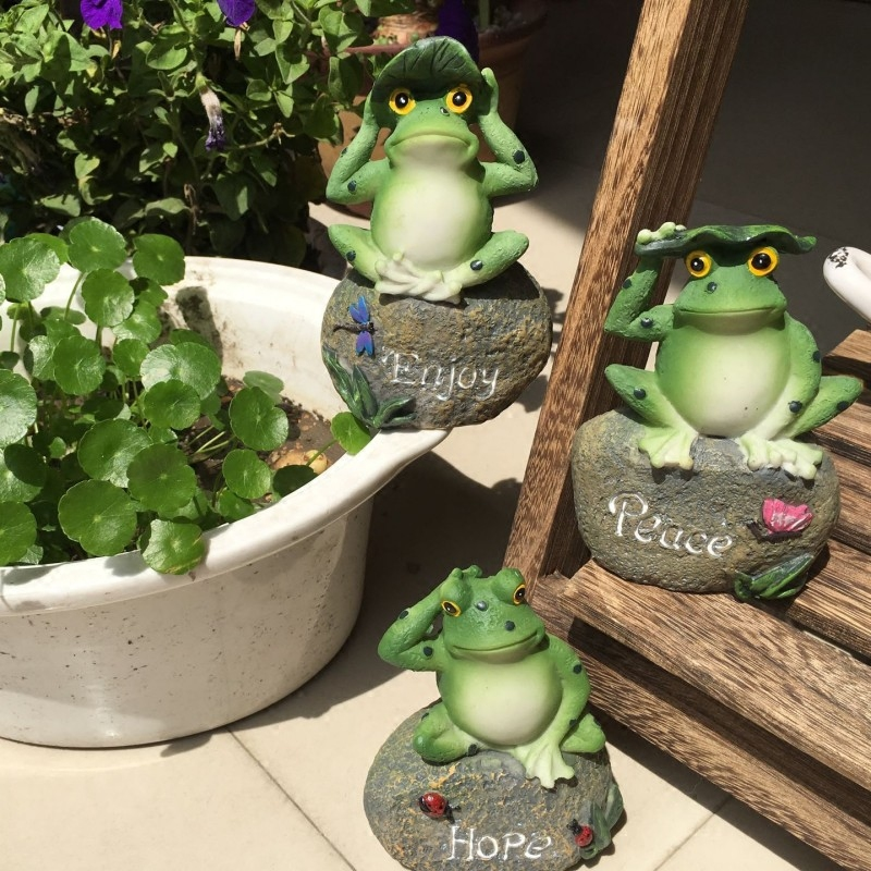 hot sale garden frog toad resin statue figurine home decor sculpturechina