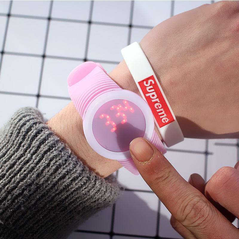 Hot Fashion Watches For Women Candy Silicone Watchband Touch Screen Round Dial Digital LED Sport Wrist Watch Women's Watches