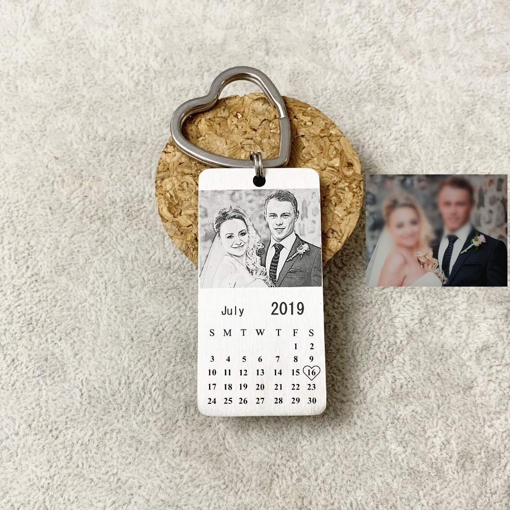 Personalized Custom Photo Calendar Keychain Special Memorial Key Chain Day Love Date Gift