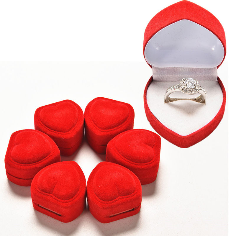 New 1Pcs Mini Cute Red Carrying Foldable Case Display Jewelry Box Packaging Durable Red Heart Shaped Lid Open Velvet Ring Box