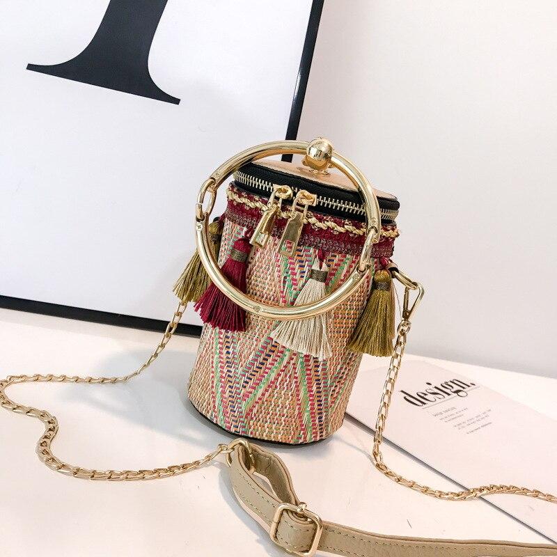 Tassel Shaped Straw Bags Ring Metal Handle Handbags Women Fashion Knit Bucket Mini Cylindrical Messenger Purses 1