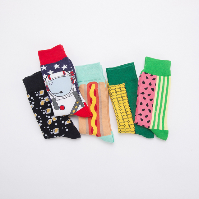 Jhouson 1 pair Colorful Men's Cotton Crew Funny Socks Watermelon Corn Spaceman Pattern Novelty Skateboard Socks For Gifts 4