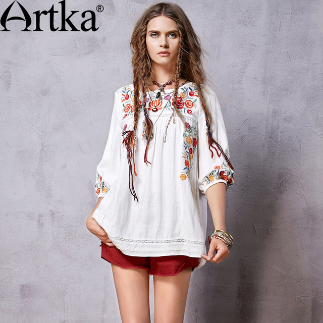 Artka Women's Spring New Boho Style White Ethnic Embroidery A-Line Shirt Vintage O-Neck Three Quarter Sleeve Shirt SA15066C