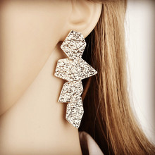 Unique earrings The new fashion runway looks Europe and the United States stud wholesale personality