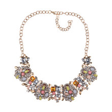 New Alloy Inlaid Crystal Retro Necklace Rhinestone Pendant Clavicle Chain Boutique Necklace retro gem inlaid round pendant necklace for women