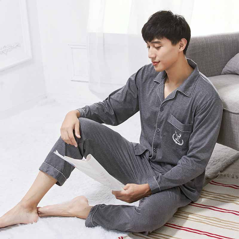 Spring &Summer New Men's Pajamas Loose Cotton Cardigan Turn-down Collar Can Be Worn Outside The Home Suit Long Shirt Nightwear