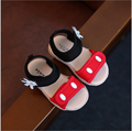 2017 Лето Ребенок Хлопок Красный Дети Мода Черный Обуви Малыша Пляж Бренд Девочка Розовый Микки Сандалии ЕС 21-25