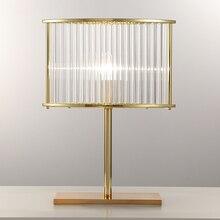 LICAN скандинавский пост-современная настольная лампа, прикроватная настольная лампа для спальни, креативная стеклянная Роскошная настольная лампа, железные настольные лампы