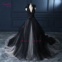 Liyuke Halter A Line Black Wedding Dress 2017 Wedding Gown Count Train Princess Vintage Bridal Dress