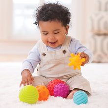 Baby Rattle Toys Textured Multi-color Ball With Sound Soft Silicone Develop Baby's Tactile Senses Educational Toys For Childern(China)