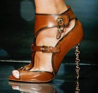 Stylish Sexy Open Toe Metal Heels Shoes Women Chain High Heel Sandal Black Buckle Summer Shallow Party Shoes stylish rhinestone three layered tassels shoes chain for women