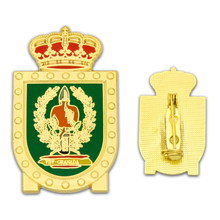 Custom metal crown badge pin cheap custom gold-plated medal
