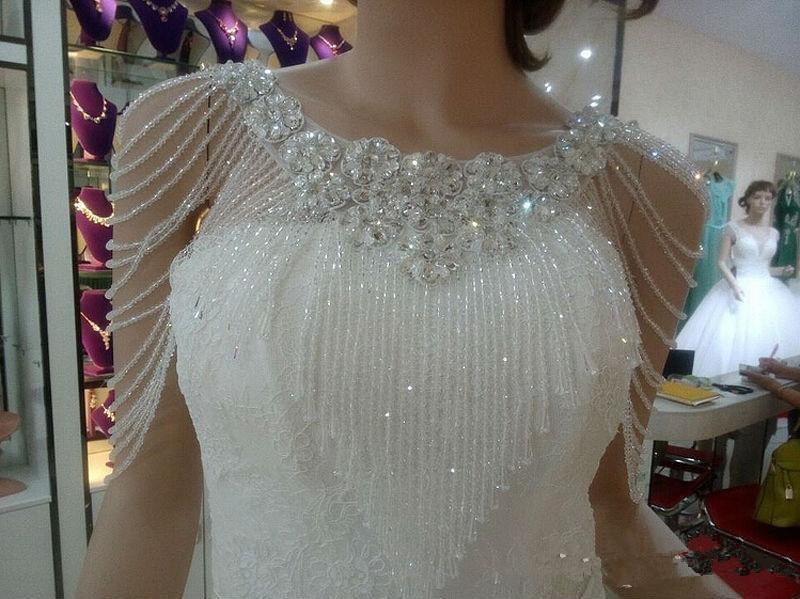 2019 Top Sale Luxurious Crystal Rhinestone Bling Bling Bridal Wraps White Lace Wedding Shawl Jacket Bolero Wrap Bridal Wedding
